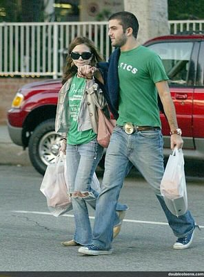 2003 - Mary-Kate & son copin à l'époque David