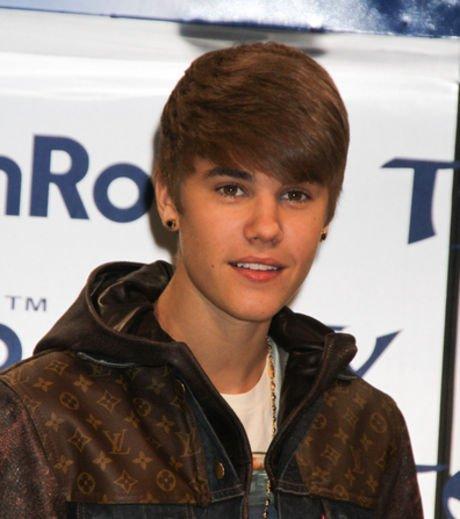 Justin Bieber : Il dépasse Madonna dans les charts