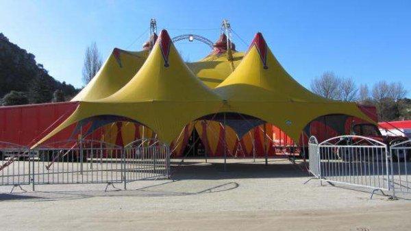 cirque franco italien lors de son passage a  cherbourg