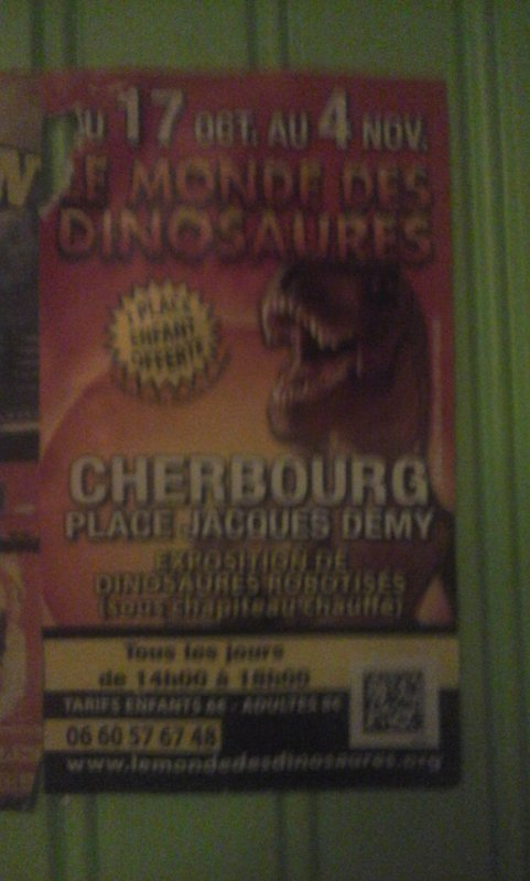flyer le monde des dinosaures lors de sa venue à cherbourg