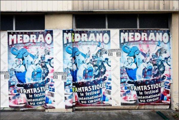 affichage cirque medrano lors de leur passage a Cherbourg