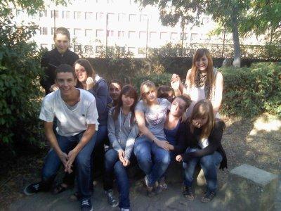 La bande du lycée le rocher classe de 2nd ASSP dom