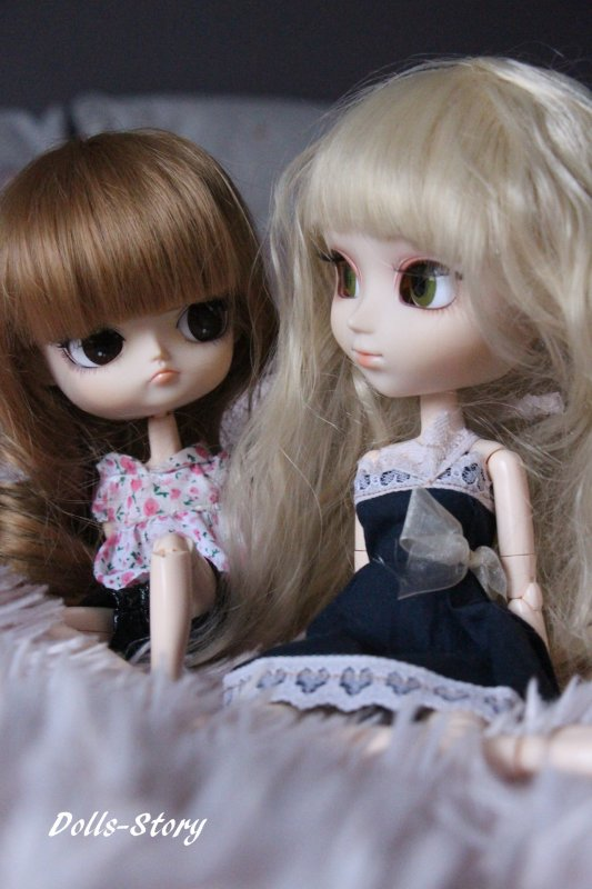 Big sister , Little sister