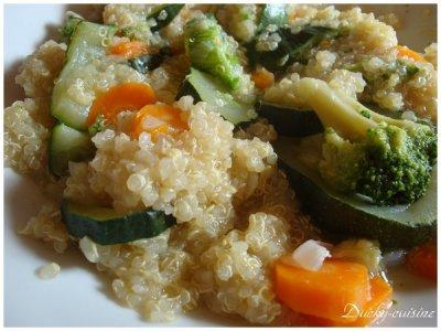 Salade de quinoa aux petits légumes