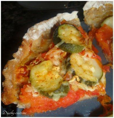 Tarte à la tomate et aux courgettes