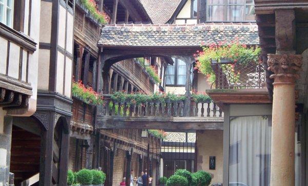 Différentes maisons Alsaciennes...1