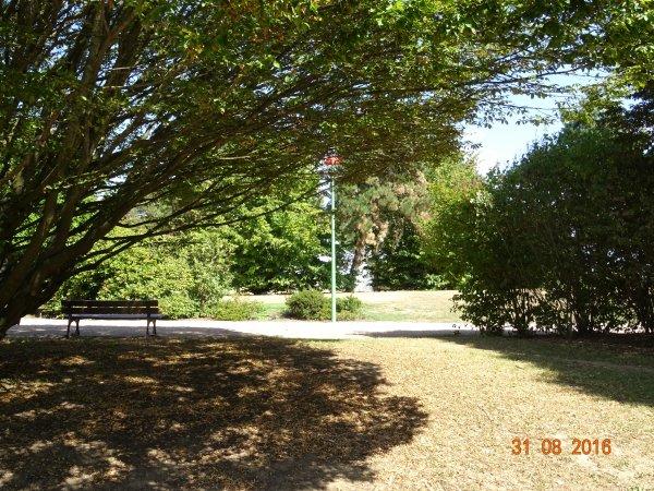 Parc paysager, Bourges, Cher, 18