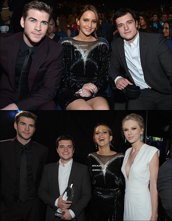 • 09/01/2013 Jennifer était présente aux People's Choice Awards 2013 où elle ainsi que le cast d'Hunger Games a remporté plusieurs récompenses. •