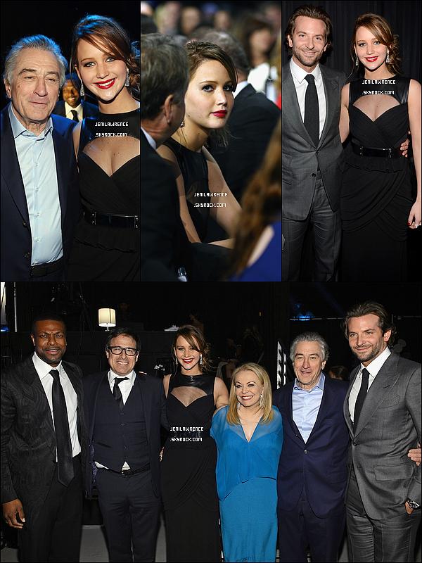 • 10/01/2013 Jennifer était présente aux Critics' Choice Movie Awards qui se déroulaient à Santa Monica •