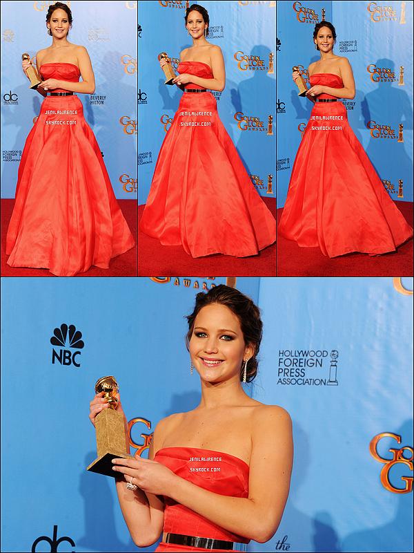 • 13/01/2013 Jennifer était présente aux Golden Globes Awards à l'hôtel Beverly Hilton à Los Angeles •