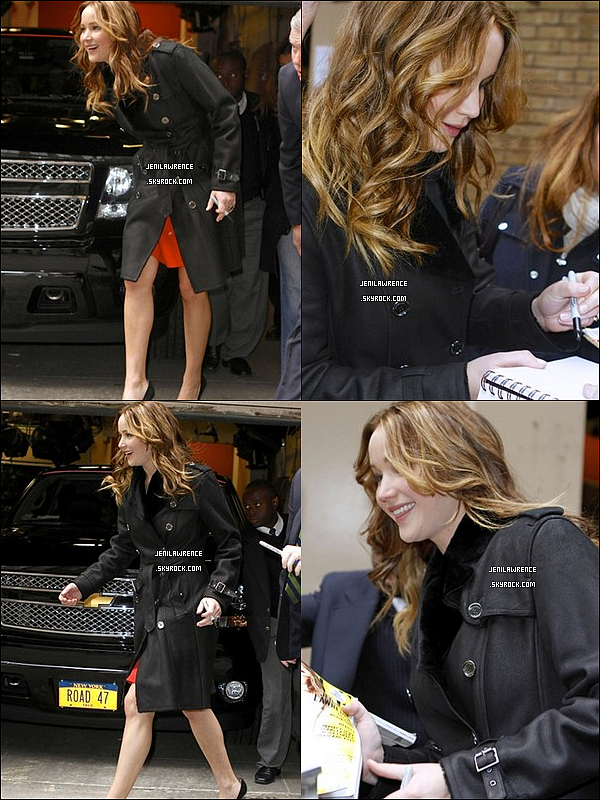 • 15/01/2013 Jennifer devant les studios du Late Show with David Letterman à New York  •