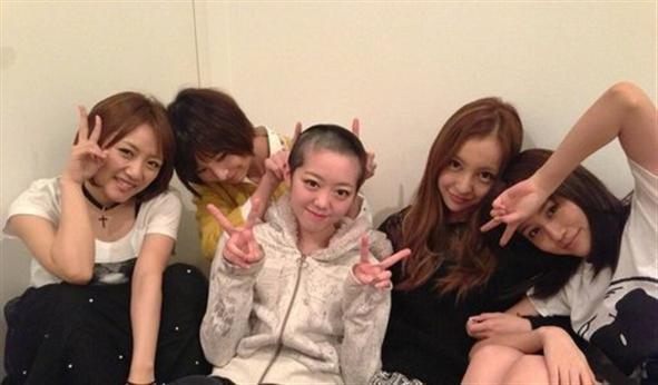 L'image que les akb48 ont poster sur Twitter japonais