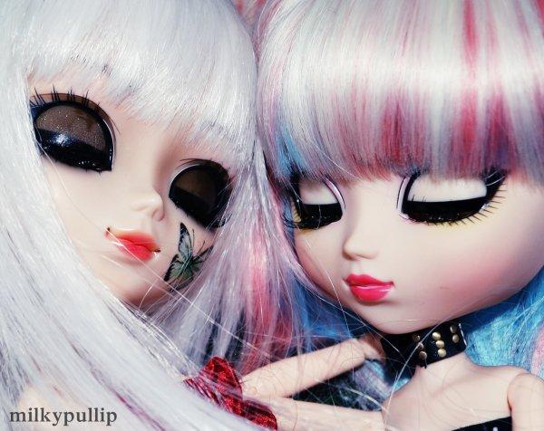 BONUS photo de Yurei et Joker ^^...qui (a l'étonnement de certaines)sont meilleurs amie! 8D (monochrome and colorfull) (première photo faite pour prouver que Yurei est aussi belle que Joker! 8D XD)