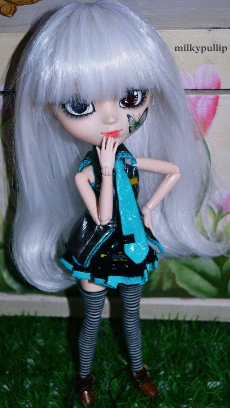 Tatsadaaaaaam :3 Nouvelle doll!! ^^