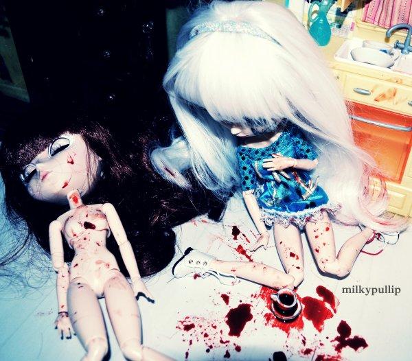 Photo pour un concoure sur le gore ^^ (ouais j'ai utiliser l'image de ma série ^^) + INFOS + en BONUS mes mains de psychopathe XDDD