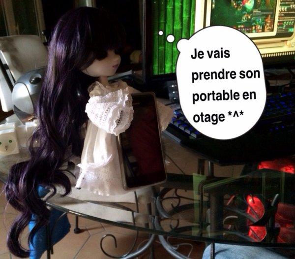 Ma nouvelle doll (hivernia itari) chez mon copain :3