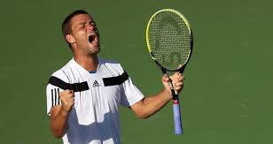 Youzhny sort Hewitt . Djokovic sans probleme .