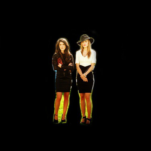 Annie Wilson VS Naomi Clark. 90210 Duel.