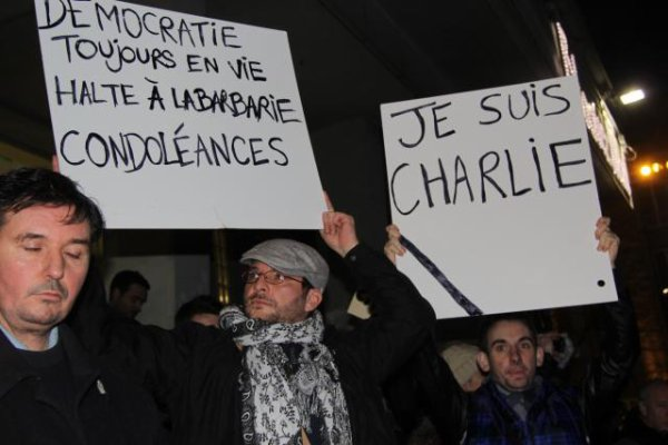 Attentat à Charlie Hebdo. Choc et émotion à Brest : « Je suis Charlie »