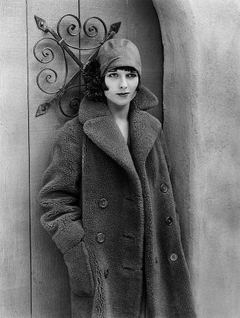 Photos vintage et météo... Louise  BROOKS  , actrice américaine (1906-1985)