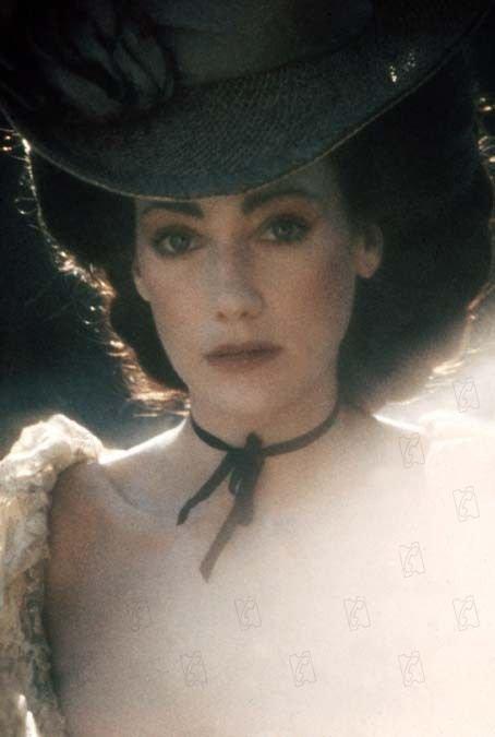 Le jeu des ressemblances  :   Marisa Berenson , actrice  /   Julius Leblanc Stewart (1855-1919 )