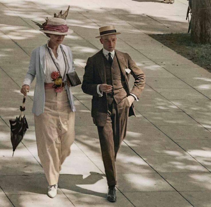 Elégance , c. 1910
