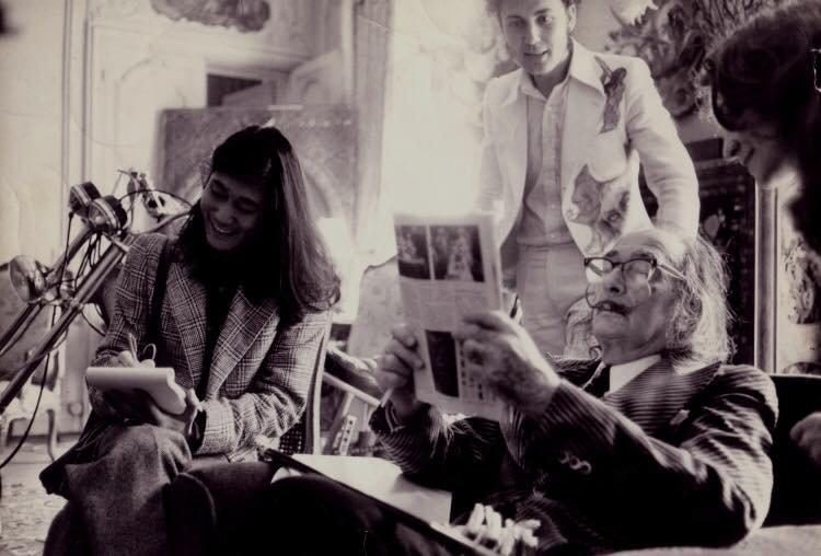 Salvador Dali ,  Ici en 1978 au Meurice , Paris , où il avait une suite  ( Pour  Mademoiselle Ysa  ;-) )