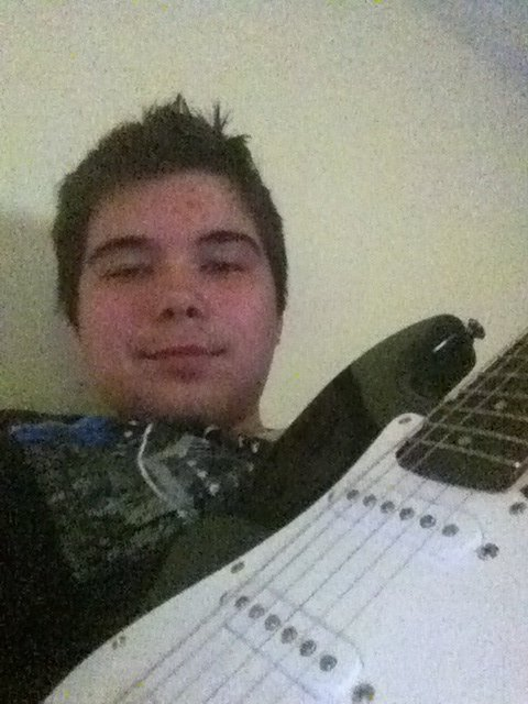 Moi et ma guitare :)