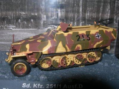 LE SD . KFZ 251/1 AUSF D