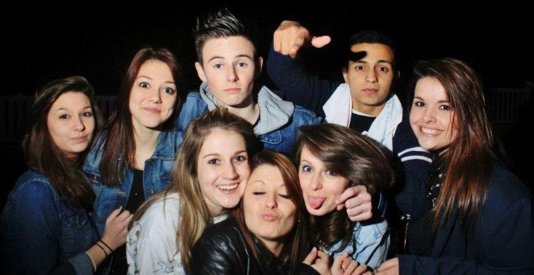 Les bons amis sont comme les étoiles : on ne les voit pas toujours, mais on sait qu'ils sont toujours là.