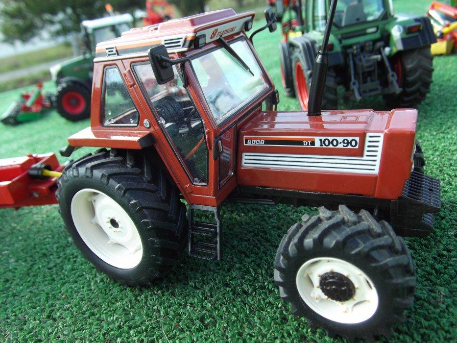 univert miniature agricole en diorama