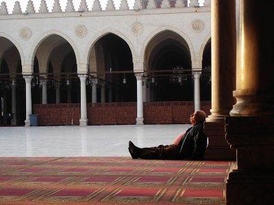 UNE PETITE SIESTE ??? Le Prophète Sallallahu Alahy Wasalam  REPOND :