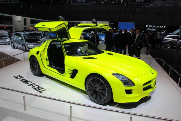 enève 2011 : Mercedes SLS AMG E-Cel