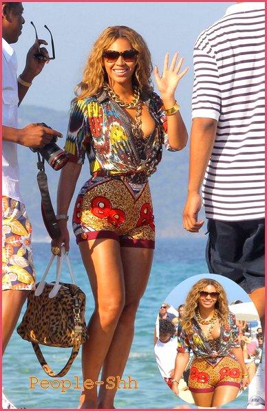 → People - Shh.sky' Beyoncé & Jay-Z à St Tropez , sa donne sa !  ;)  : Bee & ses formes généreuses , j'adore !  $) Je l'ai adorent , Le couple le plus BLiG-BLiG de tout les temps , & vous ? :) >> Beyoncé & Jay-Z