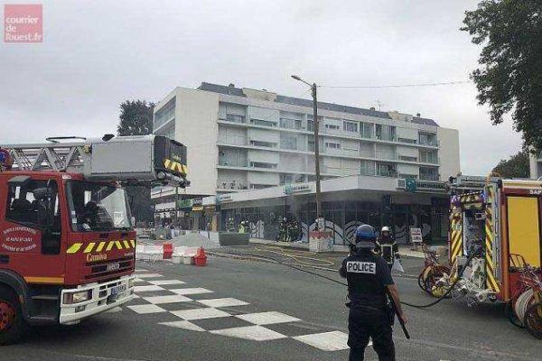 Triste nouvelle  sur Angers Des manifestants antifascistes s'en prennent aux banques à Angers