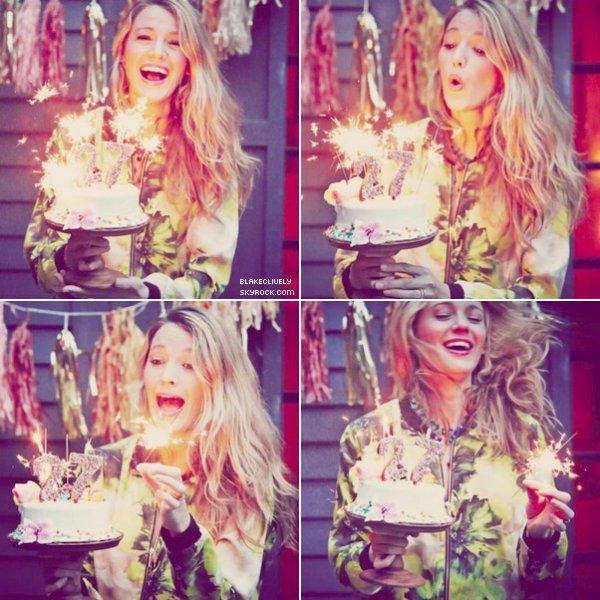-  OO/O8/2O14 : B. a été photographiée soufflant ses bougies pour ses 27 ans. -