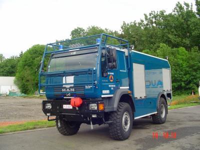 vehicule protection civile belge l 39 univers des vehicules de pompiers. Black Bedroom Furniture Sets. Home Design Ideas