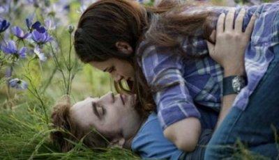 "Kristen Stewart ""Le courage de Bella constitue sa force"""