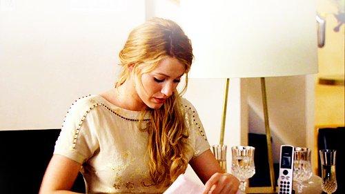 « Elle était un point de repère fixe dans un monde étourdissant. Jamais j'ai pu l'oublier... Jamais. J'ai aimé des tas de filles, mais aucune comme ça. C'était vrai. Jamais j'oublierais son premier regard, ça été comme un choc, je ne savais pas ce qui m'arriverai ni ce que je devais faire, ça avait toujours été facile avec les autres filles, mais elle ne me regardait pas... J'étais amoureux de cette fille.  »