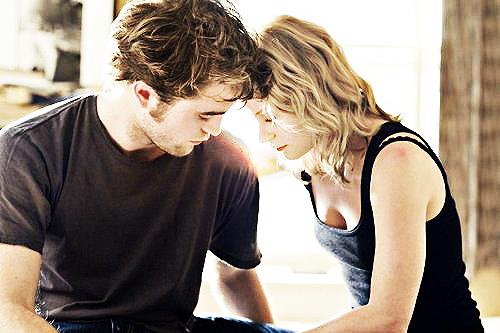 « Je ne sais plus si j'ai mal ou si c'est l'habitude d'être toujours celle qui chiale et qui se prend tous les murs. »