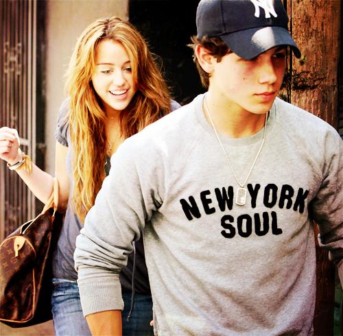 « Tu sais à quel point il l'aime ? C'est à ce point que je souffre. »