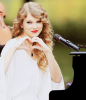 « Tu m'as utiliser pour l'oublier, je t'ai utiliser pour l'oublier. Je suis tomber amoureuse, tu es resté amoureux.  »