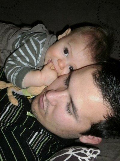 (  ::.  Noah && Kevin ♥  .::  )