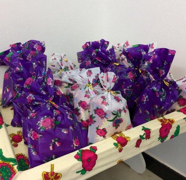 comme chaque aid ! des sachets remplis de bonbons pour les enfants ❤️ saha aidkouum