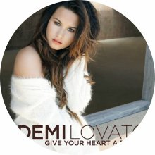 ☆☆☆Demi Lovato : Give Your Heart A Break☆☆☆