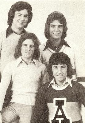 DEPUIS 1971  J'ADORE LE GROUPE CRAZY HORSE