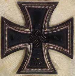 iron cross de 1939 marque deriere by  deschler ..sohn