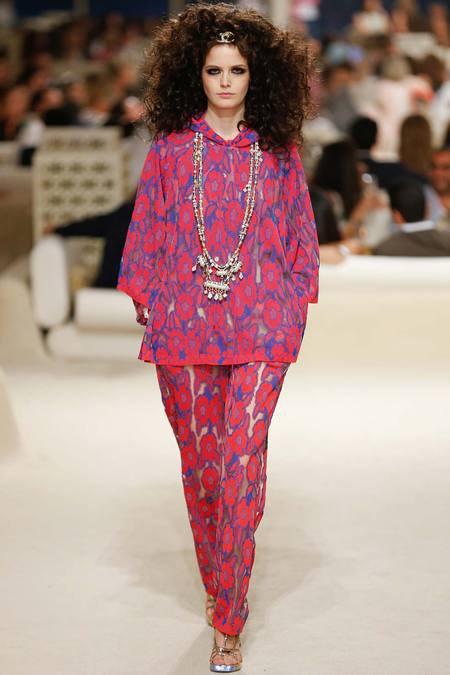 Chanel présente sa Collection croisière sur une île de Dubaï 5