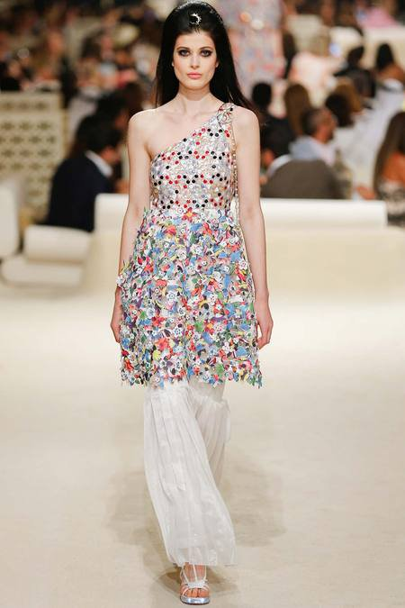 Chanel présente sa Collection croisière sur une île de Dubaï 7