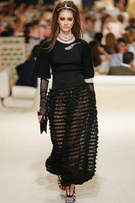 Chanel présente sa Collection croisière sur une île de Dubaï 9
